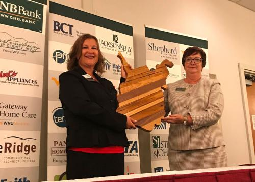 2018 Chairwoman, Gail Moxley & Incoming Chairwoman, Susan Snowden